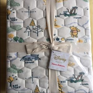 Hanna Andersson Winnie The Pooh Organic Crib Quilt